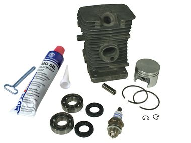 Cylinder kit fits Stihl 018 38mm with 8mm piston pin including gasket kit, spark plug and crankshaft bearings